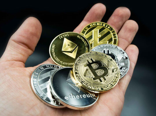 5 Top Cryptocurrencies to Buy in August